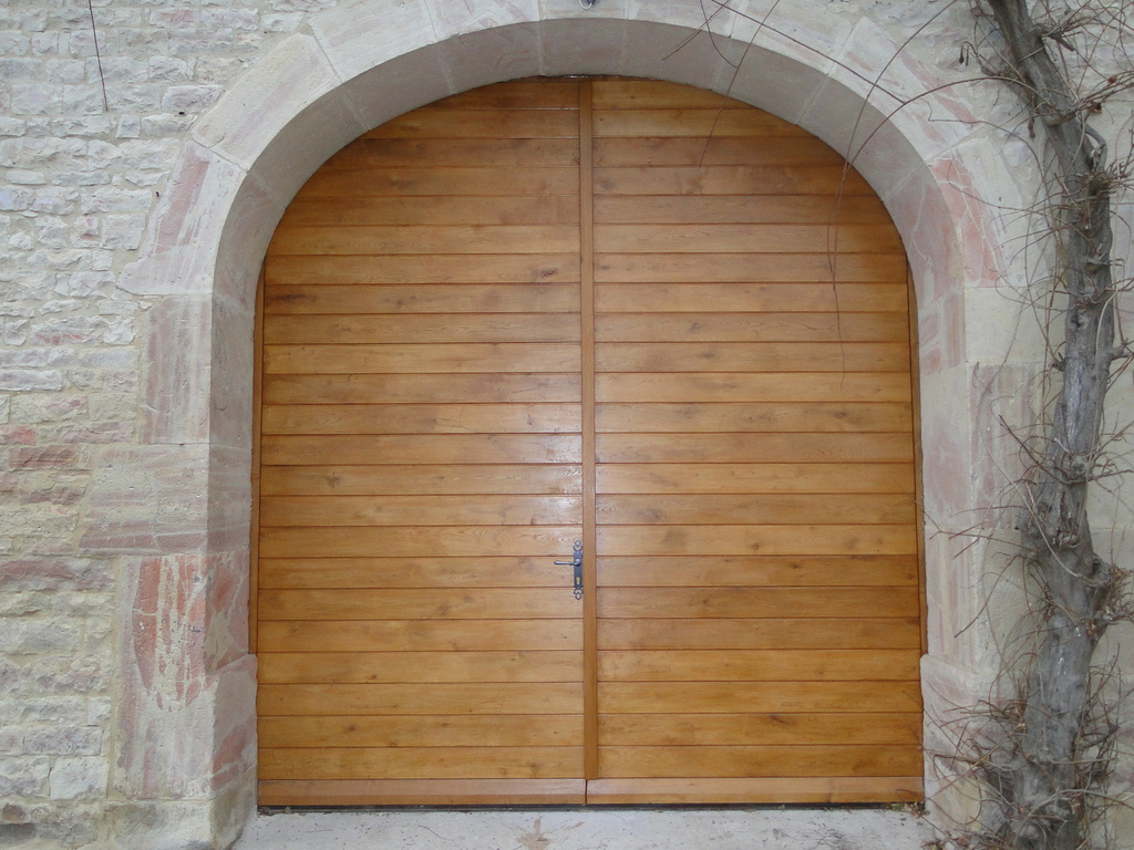Acheter porte en bois puertas de garaje modernas y for Carrelage 70x70 blanc